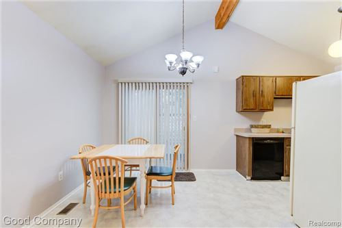 Tiny photo for 411 BAKER ST, Royal Oak, MI 48067-2287 (MLS # 40198575)