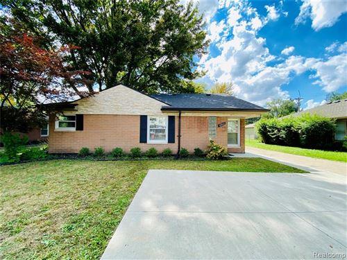 Photo of 4461 W 14 MILE RD, Royal Oak, MI 48073-6201 (MLS # 40236577)