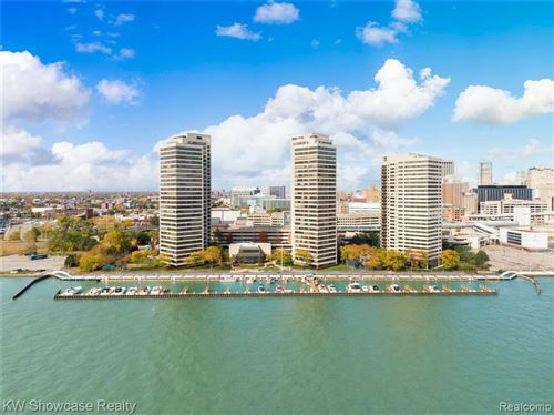 Photo of 1001 W JEFFERSON AVE, Detroit, MI 48226-4508 (MLS # 40203581)
