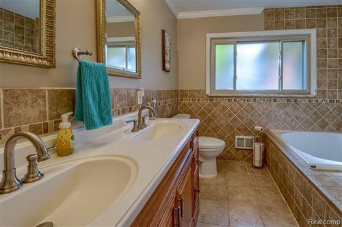 Tiny photo for 17200 KINROSS AVE, Beverly Hills, MI 48025-4133 (MLS # 40131585)