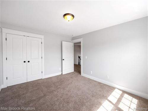 Tiny photo for 3605 DURHAM RD, Royal Oak, MI 48073-2333 (MLS # 40184589)