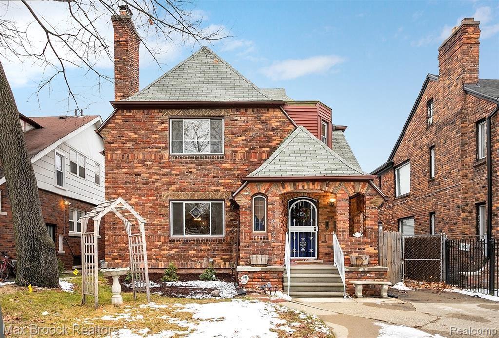 Photo for 18106 ROSELAWN ST, Detroit, MI 48221-2694 (MLS # 40135592)