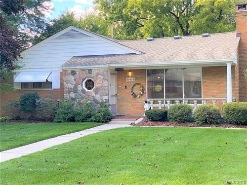 Photo of 31985 MAYFAIR LN, Beverly Hills, MI 48025-4041 (MLS # 40110593)