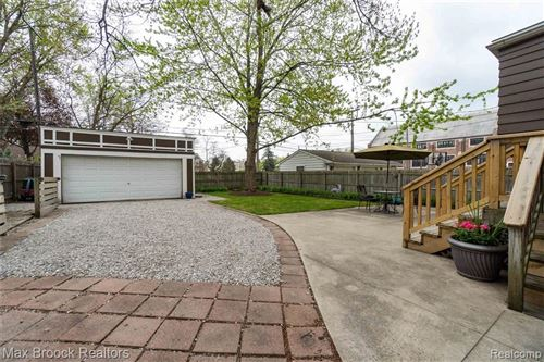 Tiny photo for 1113 W 11 MILE RD, Royal Oak, MI 48067-2452 (MLS # 40168596)