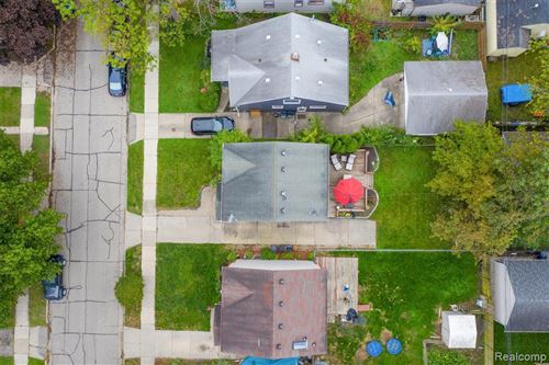 Tiny photo for 2362 GARFIELD ST, Ferndale, MI 48220-1160 (MLS # 40241598)