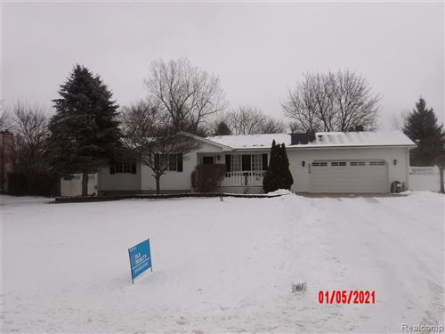 Photo of 5828 GRACELAWN, North Branch, MI 48461-9635 (MLS # 40115602)