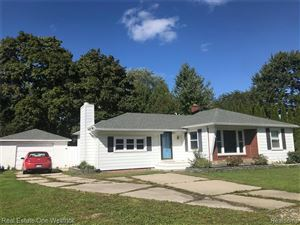 Photo of 5540 RIVER RD, East China, MI 48054-4175 (MLS # 30770605)