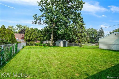 Tiny photo for 233 MIDLAND BLVD, Royal Oak, MI 48073-2671 (MLS # 40103609)