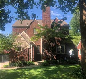 Photo of 1363 Cadieux, Grosse Pointe Park, MI 48230 (MLS # 31368611)