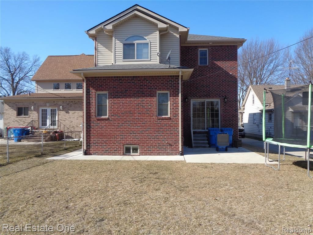 Photo of 5708 COLONIAL, Dearborn Heights, MI 48127- (MLS # 40029614)