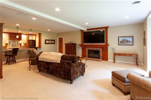 Tiny photo for 1716 HERON RIDGE DR, Beverly Hills, MI 48302-0721 (MLS # 40081615)