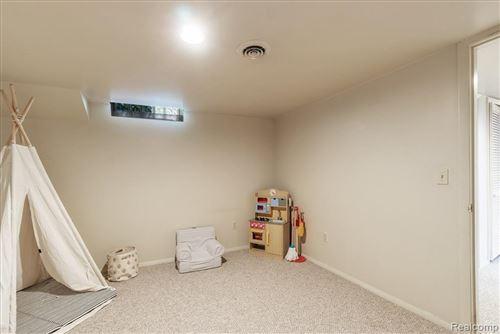 Tiny photo for 16250 LOCHERBIE AVE, Beverly Hills, MI 48025-4208 (MLS # 40181621)