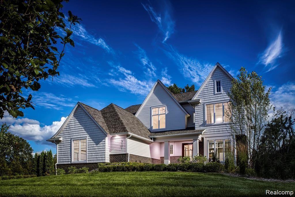 Photo for 7301 BROOKSIDE VILLAGE CRT, Bloomfield Hills, MI 48301 (MLS # 40243622)