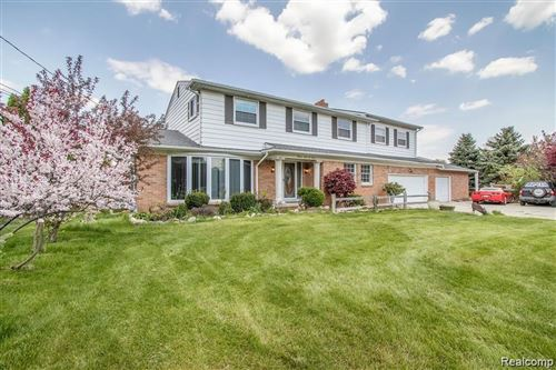 Photo of 5601 CELESTIAL CRT, Shelby Township, MI 48316-1714 (MLS # 40019628)