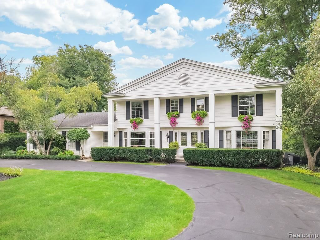 Photo for 32400 EVERGREEN RD, Beverly Hills, MI 48025- (MLS # 21602635)
