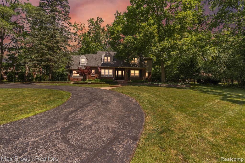 21050 W 14 MILE RD, Bloomfield Hills, MI 48301-4104 - #: 40190640