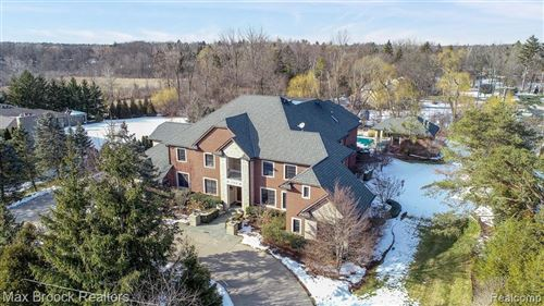 Photo of 790 FALMOUTH DR, Bloomfield Hills, MI 48304-3308 (MLS # 40019646)