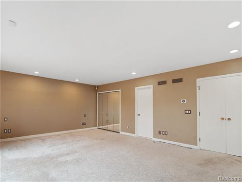 Tiny photo for 90 MANORWOOD DR, Bloomfield Hills, MI 48304-2128 (MLS # 40040647)