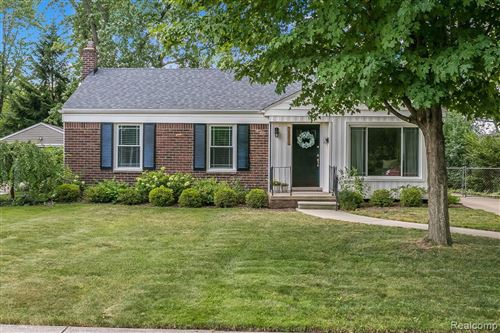 Photo of 16945 KIRKSHIRE AVE., Beverly Hills, MI 48025- (MLS # 40087652)