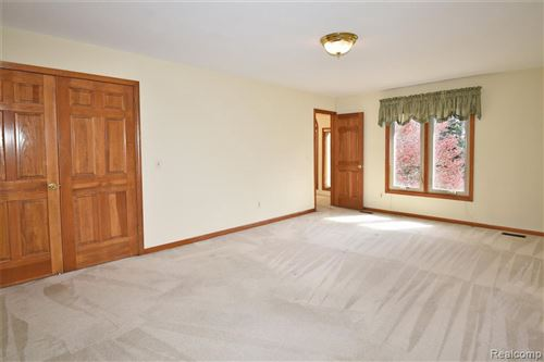 Tiny photo for 1510 BRANDYWINE DR, Bloomfield Township, MI 48304-1106 (MLS # 40166667)
