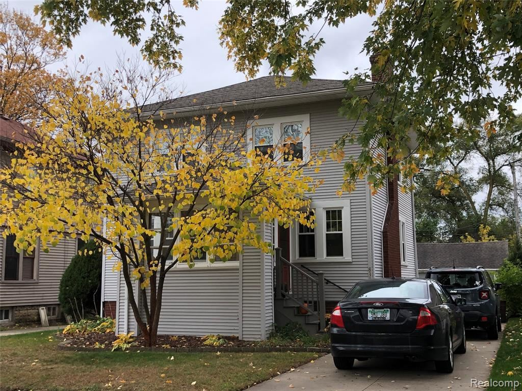 Photo for 831 WITHINGTON ST, Ferndale, MI 48220-1279 (MLS # 40120670)