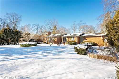 Tiny photo for 17869 DUNBLAINE AVE, Beverly Hills, MI 48025-4115 (MLS # 40142675)