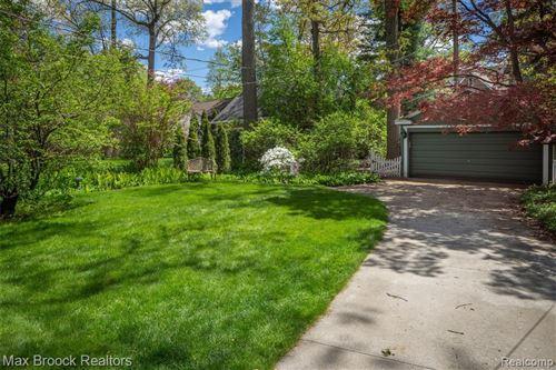 Tiny photo for 21 WOODSIDE PARK BLVD, Pleasant Ridge, MI 48069-1042 (MLS # 40174677)
