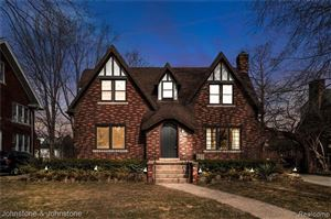 Photo of 1024 NOTTINGHAM RD, Grosse Pointe Park, MI 48230-1332 (MLS # 21576683)