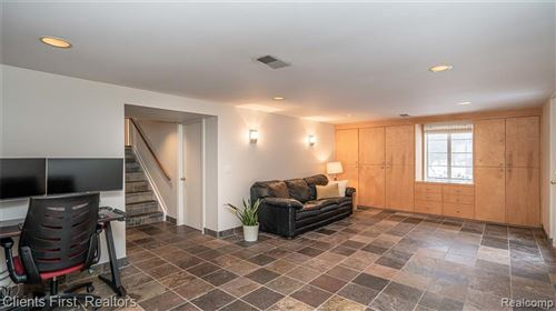 Tiny photo for 164 W HICKORY GROVE RD, Bloomfield Hills, MI 48304-2117 (MLS # 40135691)