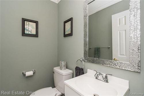 Tiny photo for 2717 GALPIN AVE, Royal Oak, MI 48073-3152 (MLS # 40244697)
