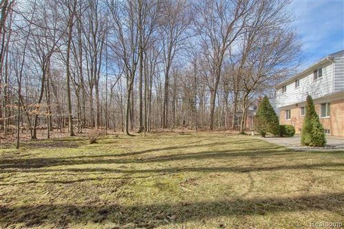 Tiny photo for 21727 E VALLEY WOODS DR, Beverly Hills, MI 48025-2638 (MLS # 40180699)