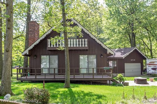 Photo of 6710 JAMES RD, Caseville, MI 48725-9781 (MLS # 21658703)