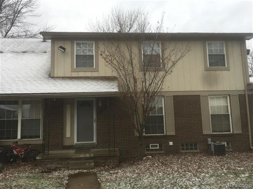 Photo of 8948 SHAWN DR, Sterling Heights, MI 48312-3612 (MLS # 40006712)