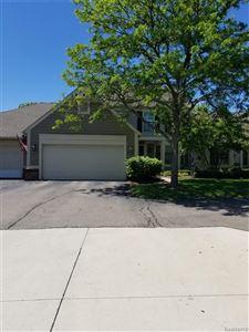 Photo of 676 UPPER SCOTSBOROUGH, Bloomfield Township, MI 48304- (MLS # 21612718)
