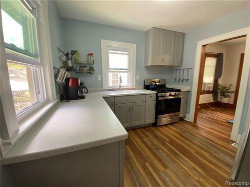 Tiny photo for 32 KENSINGTON BLVD, Pleasant Ridge, MI 48069-1218 (MLS # 40088718)