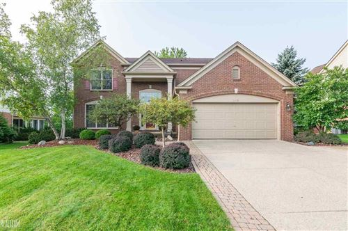 Photo of 2435 Pleasant View, Rochester Hills, MI 48306 (MLS # 50023720)