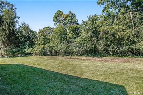 Tiny photo for 21622 RIVERVIEW DR, Beverly Hills, MI 48025-4865 (MLS # 40242723)
