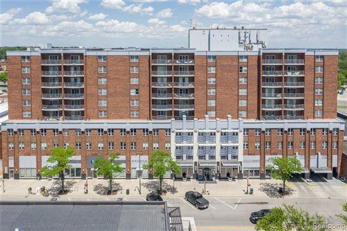 Photo of 411 S OLD WOODWARD AVE, Birmingham, MI 48009 (MLS # 40203724)