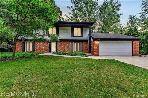 Photo of 30166 LINCOLNSHIRE EAST, Beverly Hills, MI 48025-4744 (MLS # 40214724)