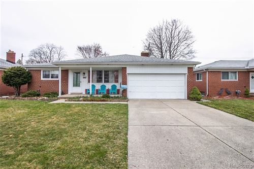 Photo of 8947 HEADLEY DR, Sterling Heights, MI 48314-2663 (MLS # 40041727)