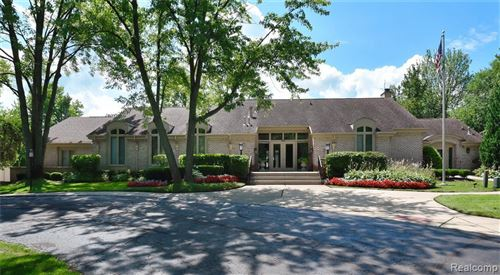 Tiny photo for 1148 TIMBERVIEW TRAIL, Bloomfield Township, MI 48304-1552 (MLS # 40145728)