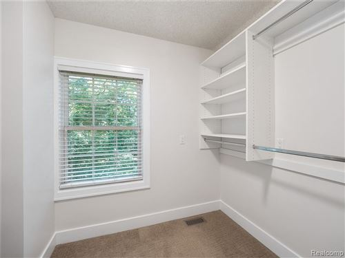 Tiny photo for 5653 SHADOW LN, Bloomfield Hills, MI 48302-4049 (MLS # 40071729)