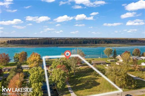 Photo of 4856 Middle Channel Dr, Harsens Island, MI 48028 (MLS # 50026731)