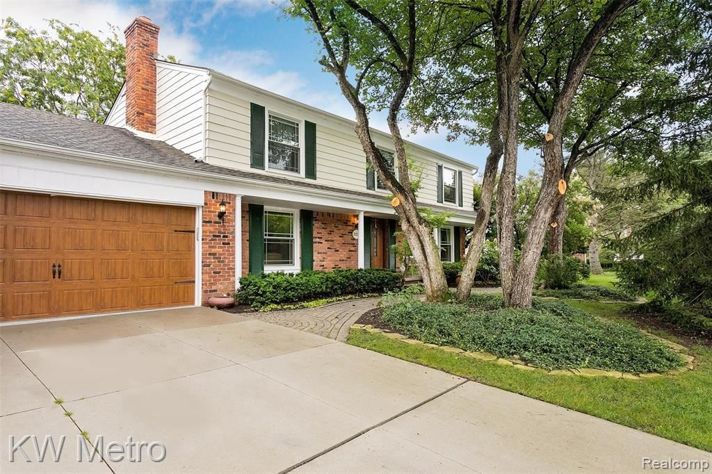 Photo for 31338 OLD CANNON RD, Beverly Hills, MI 48025-4412 (MLS # 40197732)