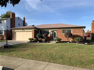 Photo of 2371 WALTER AVE, Warren, MI 48092-2172 (MLS # 30776739)