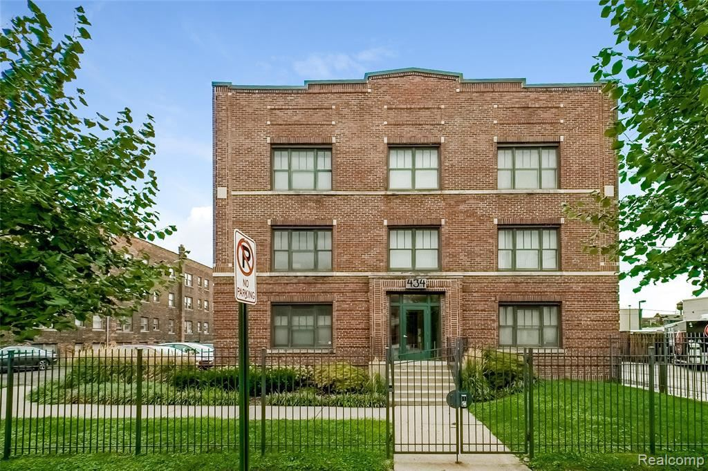 434 W ALEXANDRINE ST, Detroit, MI 48201-1754 - #: 40097739