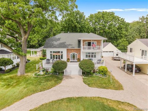 Photo of 1500 SOUTH CHANNEL DR, Harsens Island, MI 48028-9580 (MLS # 40072741)