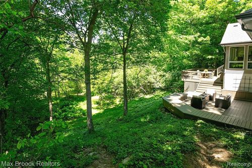 Tiny photo for 19248 RIVERSIDE DR, Beverly Hills, MI 48025-2948 (MLS # 40066742)