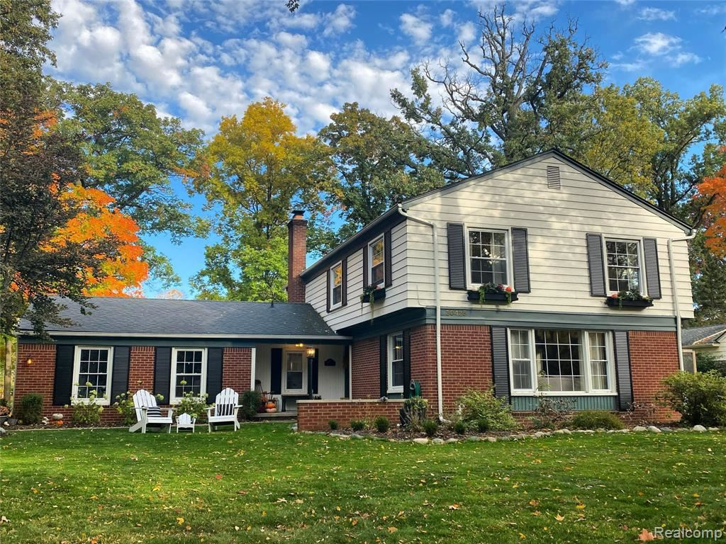 Photo for 30428 GEORGETOWN DR, Beverly Hills, MI 48025- (MLS # 40114748)