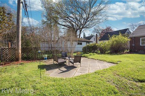 Tiny photo for 1327 WYANDOTTE AVE, Royal Oak, MI 48067-4523 (MLS # 40169751)